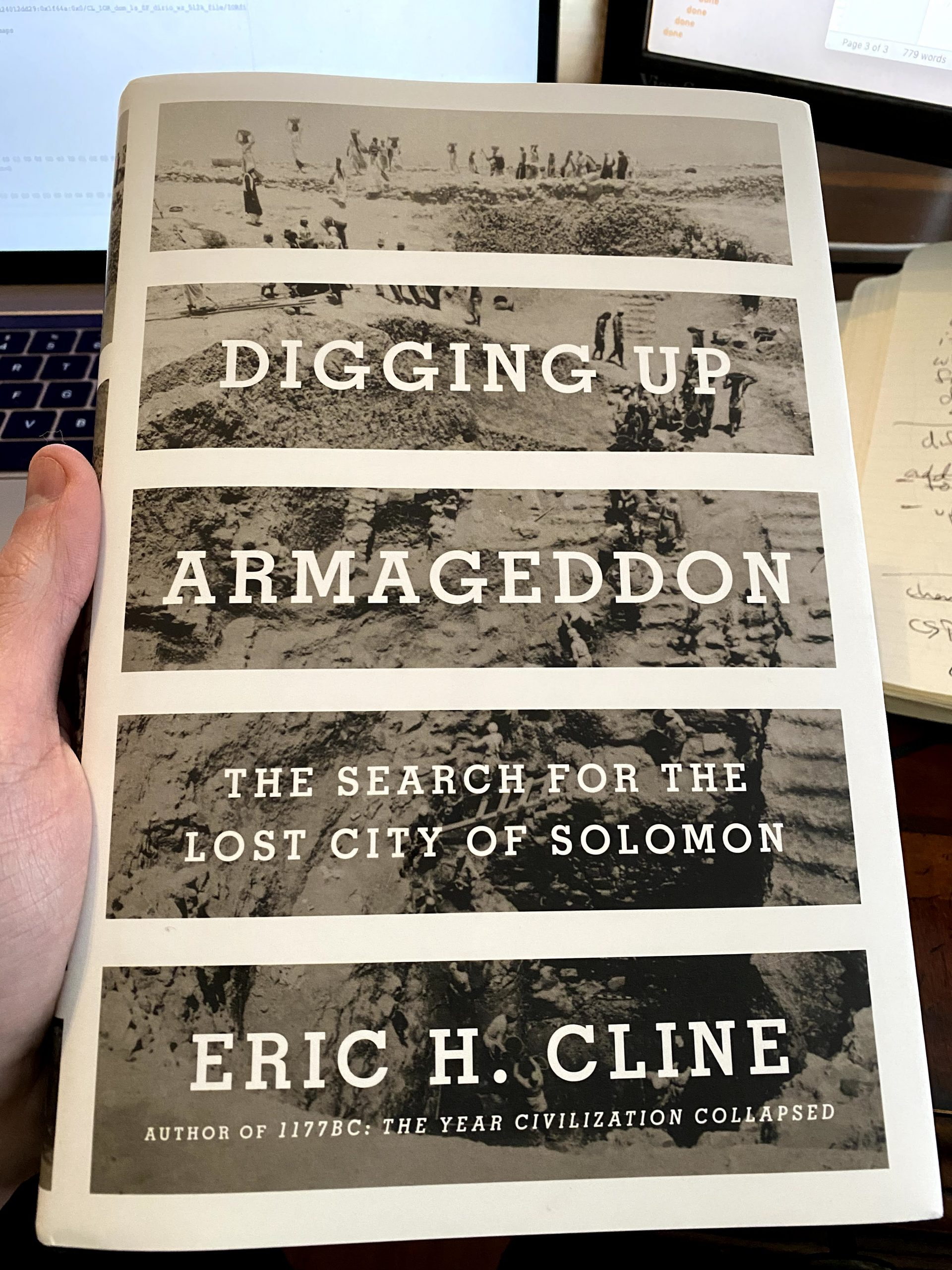 [Publications] Digging Up Armageddon (Cline)